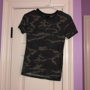 Camo fitted tshirt!